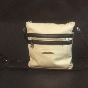 STONE MOUNTAIN MADISON Leather Crossbody Bag